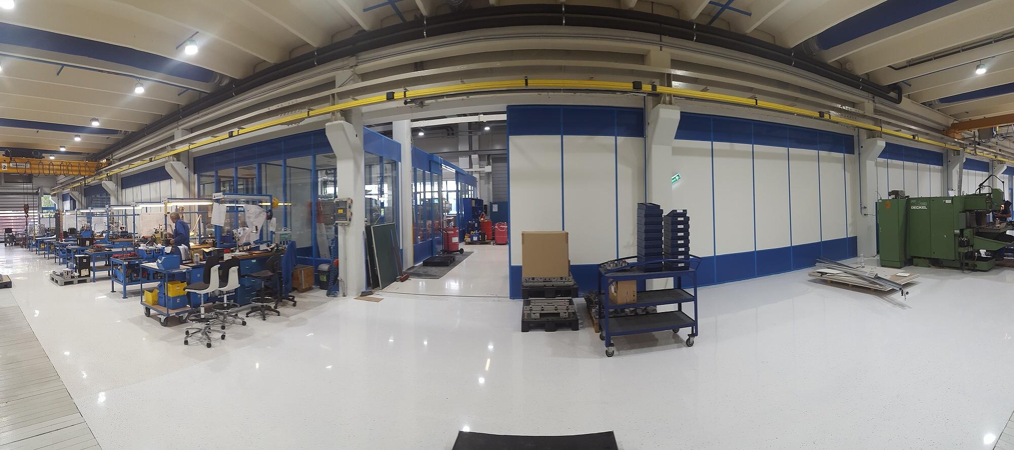 Beltéri csarnokok  és válaszfalrendszerek építése a Bekomold cég részére